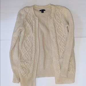 Gap kids cable knit cream colored cardigan